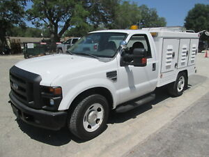 2008 Ford F 350 Truck With Animal Or Pet Transport Bed Made By Swab