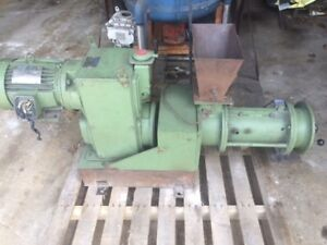 Sterling Electric Lube free Speed trol 5 Hp Granulator Shredder Grinding Mill