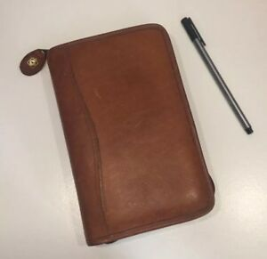 Day timer Genuine Leather Personal 2001 Daily Planner Organizer Brown Tan Zipper