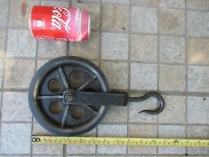 Vintage Small Original Nautical Maritime Double Iron Pulley Sheave Tool Museum