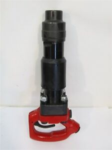 Chicago Pneumatic Cp 4132 4r D handle Chipping Hammer 4 Stroke 680