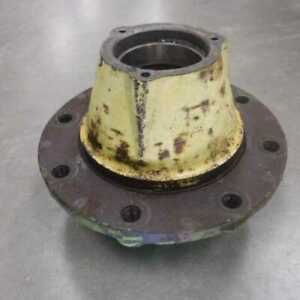 Used Wheel Hub John Deere 4620 4520 5020 4630 R40194