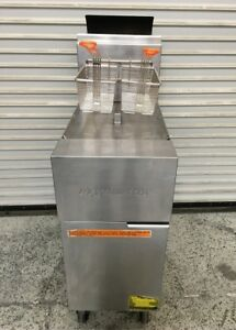 50 Lb 2 Basket Deep Fryer Fry Master Gf40 sd 6176 Commercial Restaurant Nsf Fat
