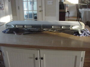 Whelen Lfl Liberty Led 49 Lightbar Sl8bbbbs With Sc 12 Led Modules
