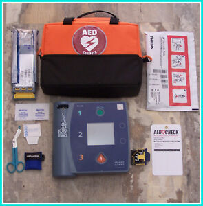 Philips With Ecg M3860a Heartstart Fr2 04 2022 Battery Pads Aed Defibrillator