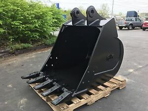 New 36 John Deere 490e Excavator Bucket With Pins