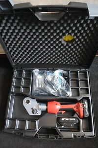 Daniels Dmc Model Afe8b 18 Volt Hydraulic Crimper Never Used