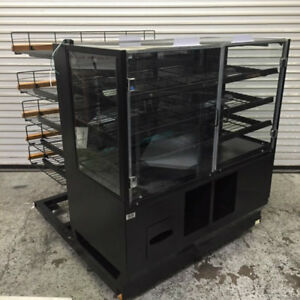 48 Dry Glass Bakery Display Case And Wire Rack Marco 8336 Donut Bread Bagel