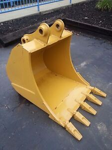New 30 Caterpillar 307b Excavator Bucket With Pins