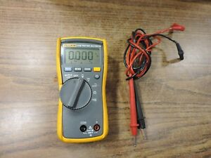 Fluke 114 True Rms Digital Multimeter Electrical Hvac Meter