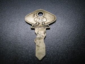 Vintage Antique Ford Key Model T 72 Caskey Dupree Cd