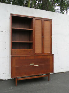 Mid Century Small China Cabinet Bookcase By American Of Martinsville 8745a