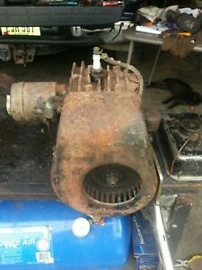 Vintage Briggs And Stratton Model Wmb Gas Engine Motor