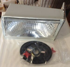 1964884c2 A New Lh Head Light For A Caseih C50 Cx50 C60 Cx60 C70 Tractors