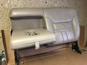 00 05 Ford Excursion 2nd Row Left Rear Upper Fold Down Seat Cushion Cover