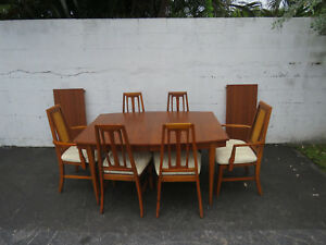 Mid Century Modern Dining Set Of Table With Two Leaves And Six Chairs 9040