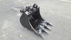 New 18 New Holland E27 Excavator Bucket