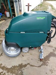 Nobles By Tennant Ss5 Speed Scrub Floor Scrubber 32