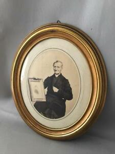 Antique Vtg Victorian Brass Oval Wall Picture Frame W Antique Photo