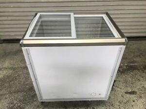 Sliding Glass Top Chest Display Refrigerator Sc 142 8455 Commercial Etl 115v