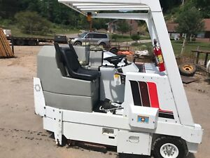 Floor Sweeper Scrubber Power Boss Model Css 90