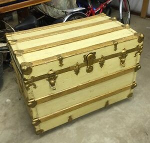 Antique Steamer Trunk Chest Wood With Metal Hardware Painted Shop Ac276