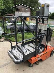 Jlg 12sp Personnel Scissor Lift