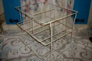 Upcycle Vintage Creamy Chippy Wire Rack Magazine Towel Useful Reuse Chic Shabby