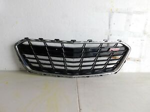 2016 2017 2018 Chevrolet Chevy Cruze Rs Front Middle Grill Oem Used 23448623