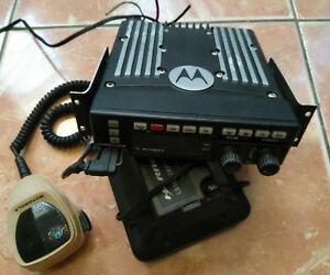Motorola Xtl5000 800mhz Two Way Digital Mobile Radio W Astro Head M20urs9pw1an