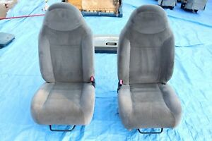 98 02 Ford Ranger Seats W Seatbelts Dark Gray Cloth Pair Oem