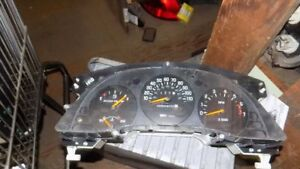 Speedometer Us Tachometer With Floor Console Fits 98 99 Lumina Car 8470