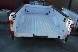 2017 2019 Ford F250 Superduty White 8ft New Take Off Bed W lights No Gate Long