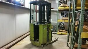 Clark Forklift Electric Stand Up Narrow Aisle Truck Np300d40 Single Reach