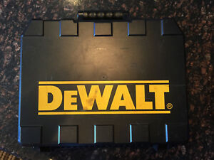 Dewalt D25404k 1 1 8 inch Vs Sds Rotary Hammer With Chiseling Feature