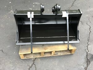 New 36 Heavy Duty Ditch Cleaning Bucket For A Hyundai R35 W Coupler Pins