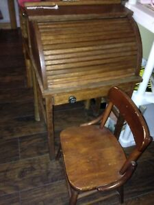 Childrens Childs Roll Top Desk Chair Oak Antique Darling Solid Wood 1920 S