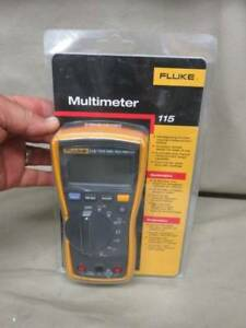 New Fluke 115 True Rms Field Service Hvac Digital Multimeter Volt Meter
