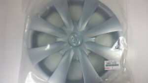2009 2010 Toyota Corolla Wheel Cover Hub Cap 15 Oem New 42602 12720