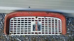 International Ih Farmall Tractor 460 560 Front Nose Grille