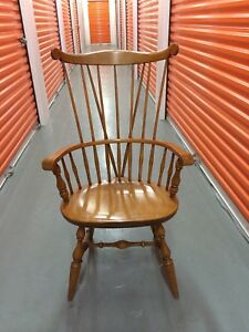 Windsor Chair With Comb Back And Splayed Legs