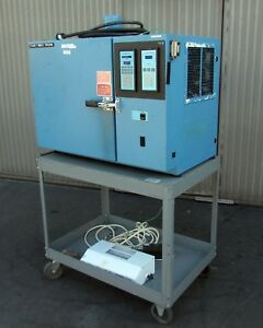 Thermotron S1 2 Mini max Environmental Test Chamber 100 f To 350 f