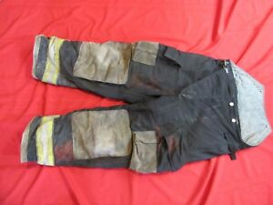 Globe Gx 7 Firefighter Bunker Turnout Pants 38 X 30 Thermal Liner Costume