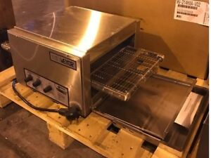 New Holman Conveyor Oven