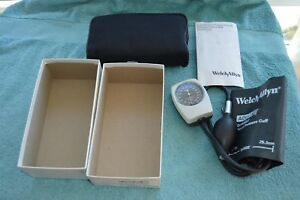 Welch Allyn Tycos Pocket Aneroid Sphygmomanometer W adult Size 11 Cuff 7050 14