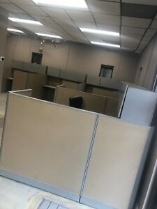 Office Cubicles 5 Cubes 6 X 6 Set Up In L Shape Herman Miller 100 Each