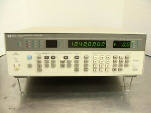 Hp Agilent 8657a Synthesized Rf Signal Generator 100 Khz 1040 Mhz W Opt 002