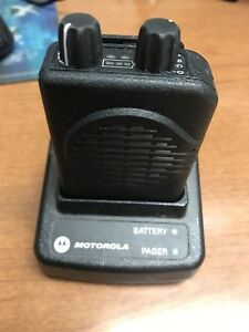 Motorola Minitor V 5 Low Band 45 48 995mhz Pager And Charger