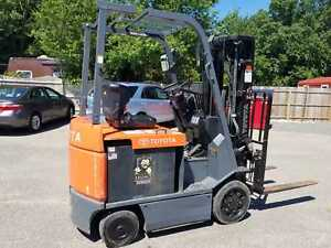 2009 Toyota 5000 Lb Electric Forklift