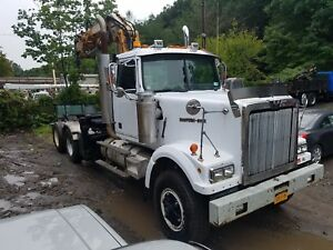 1997 Western Star Tractor With Cat 3406e And Knuckle Boom